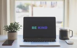 Przereklamowana życzliwość?